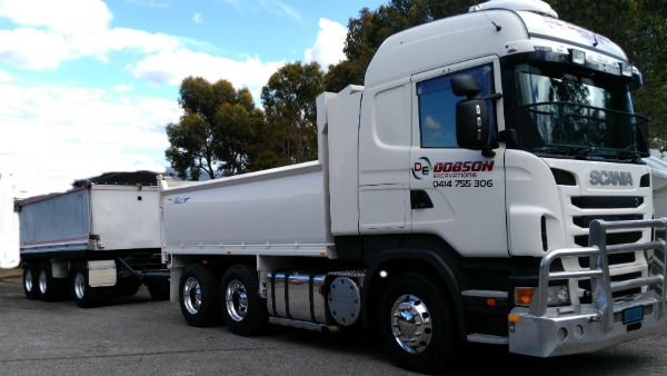 6 Wheeler Truck and Dog Hire