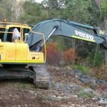 Dobson Excavations 21 Ton Excavator Machine in Action