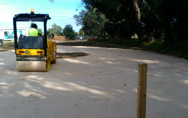 ROLLER HIRE FOR LIMESTONE DRIVEWAY CONSTRUCTION
