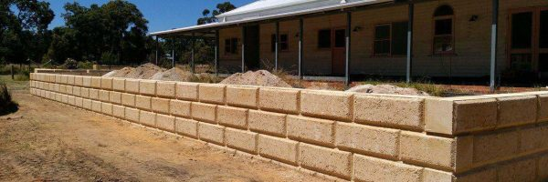 Dobson Excavations Limestone Retaining Walls