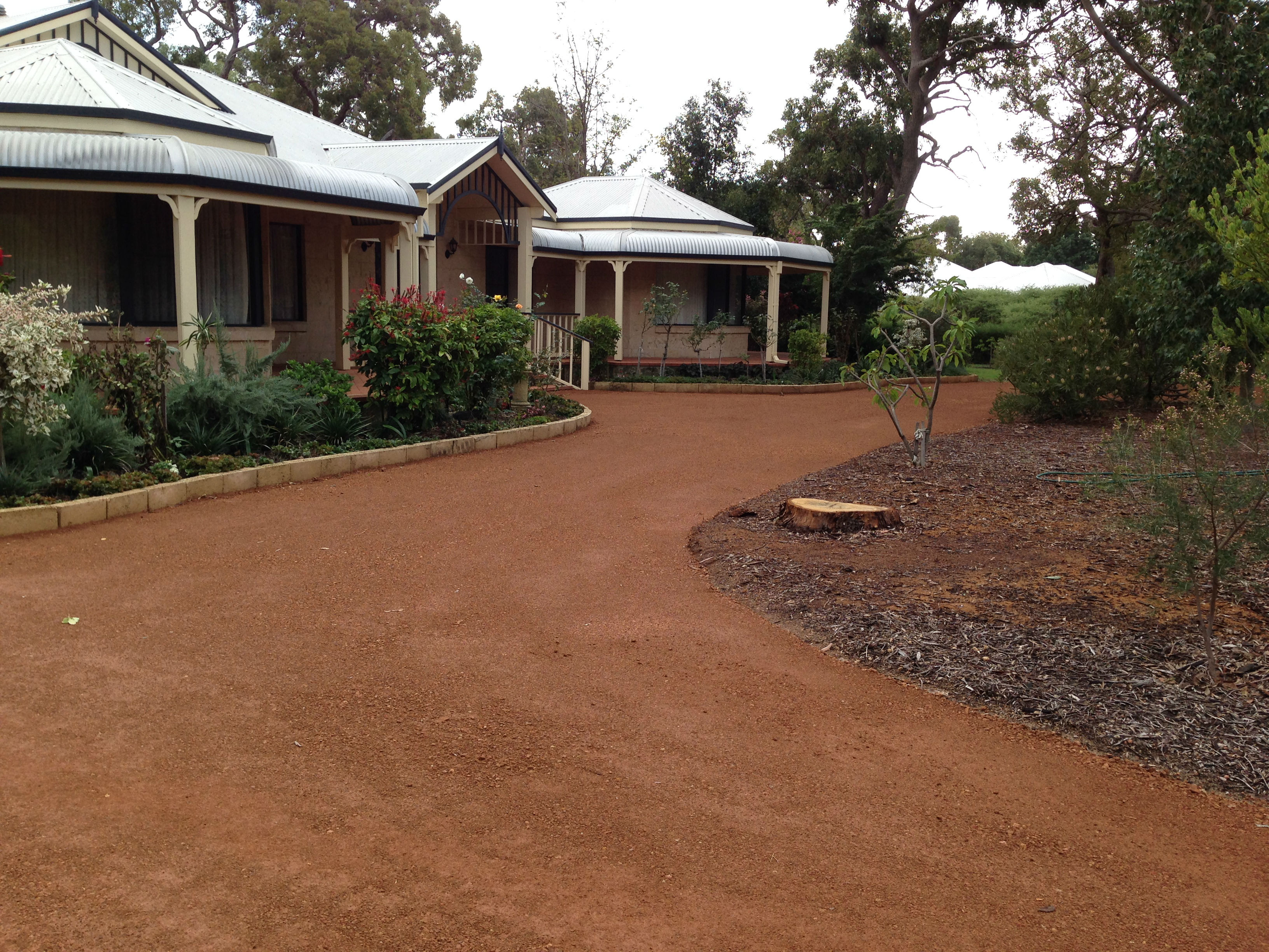 RED-GRAVEL-DRIVEWAY-BY-DOBSON-EXCAVATIONS