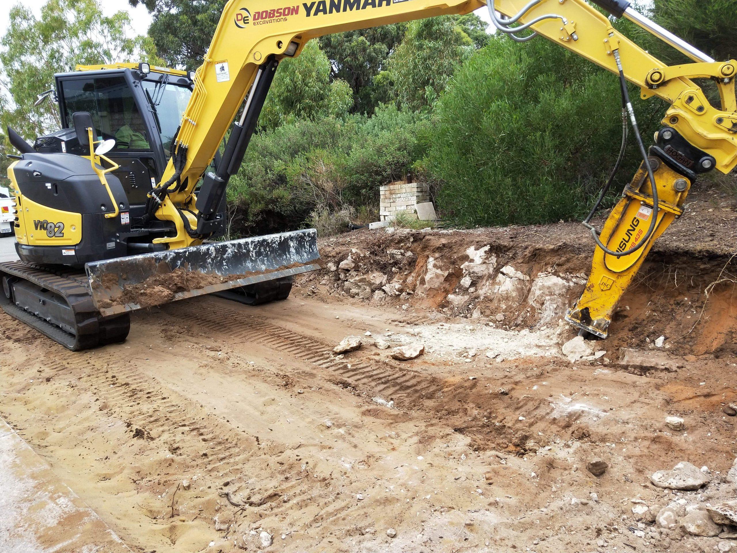 8-Ton-Excavator-Hire